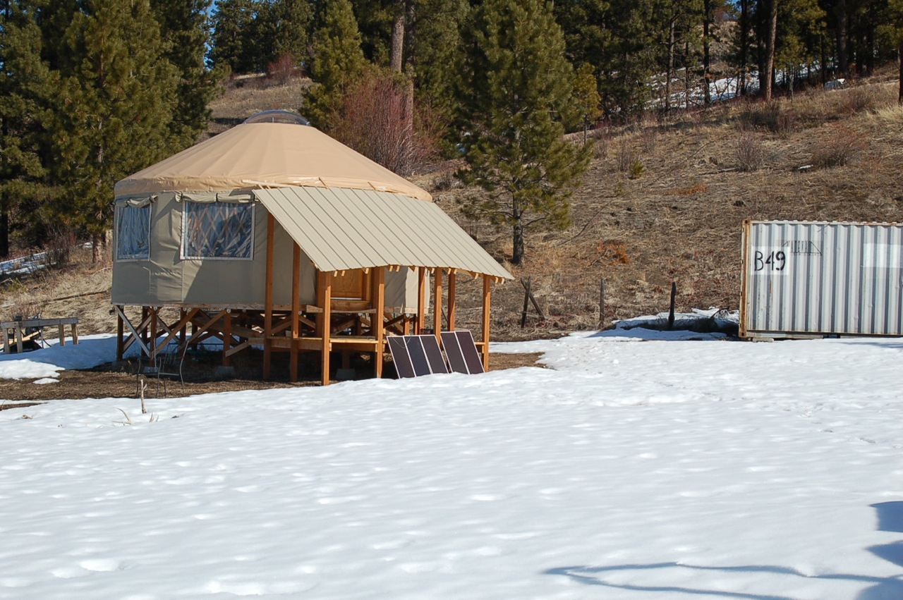 Building the Yurt